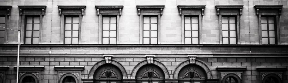 Das Zeiss 35mm f2.0 ZM Biogon ist perfekt für Architekturphotographie : Keine sichtbare Verzeichnung.